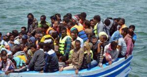 وفاة 17 مهاجرا بنغاليا بعد تحطم قارب قبالة تونس